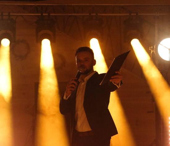 DJ GAWAR - Prezenter muzyczny
